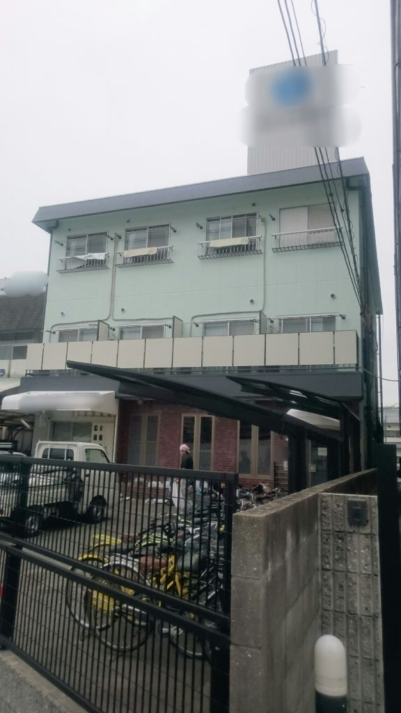 岡山市某学生寮足場解体