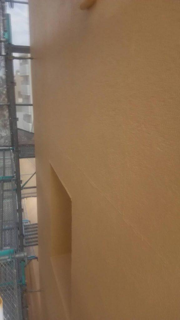岡山市某ビジネスホテル上塗り