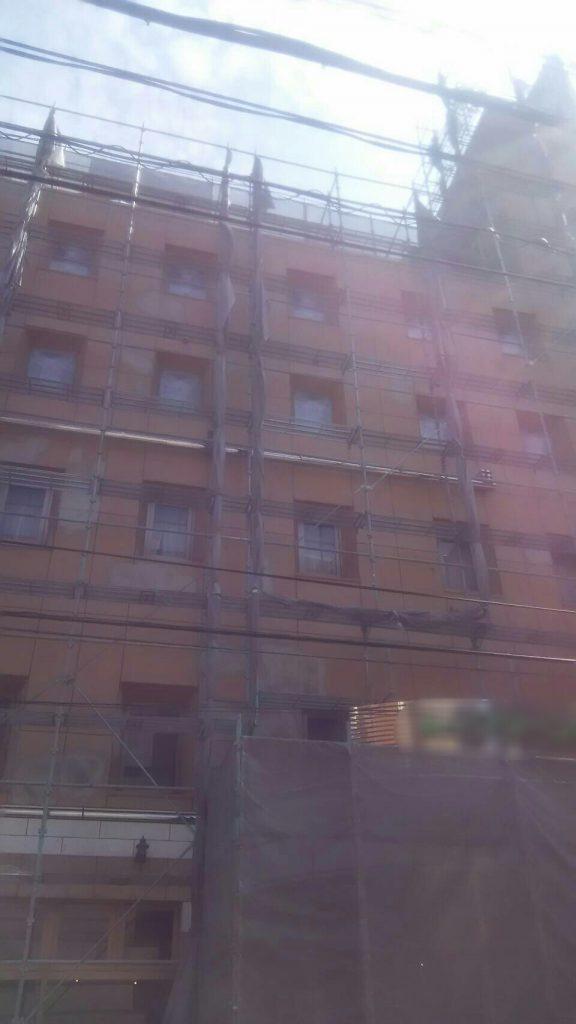 岡山市某ビジネスホテル台風養生
