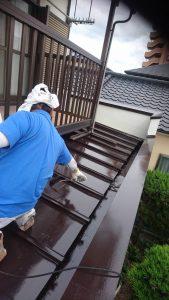岡山市北区I様邸 部分塗装施工前 下屋根 上塗り