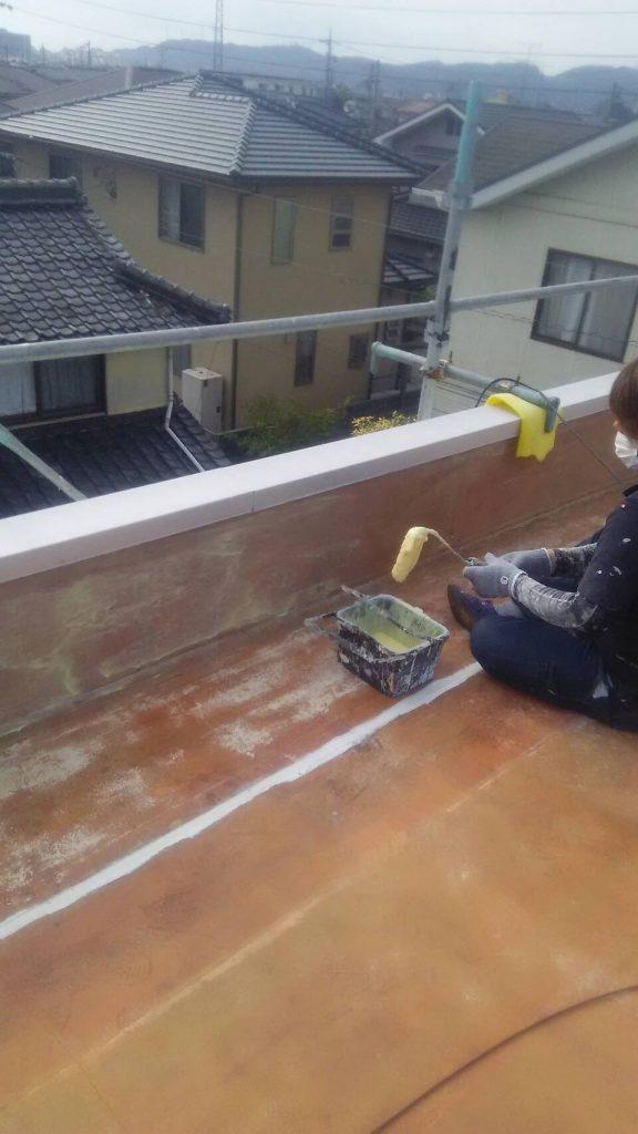 倉敷市N様 社屋 シート防水撤去後ボンド塗り