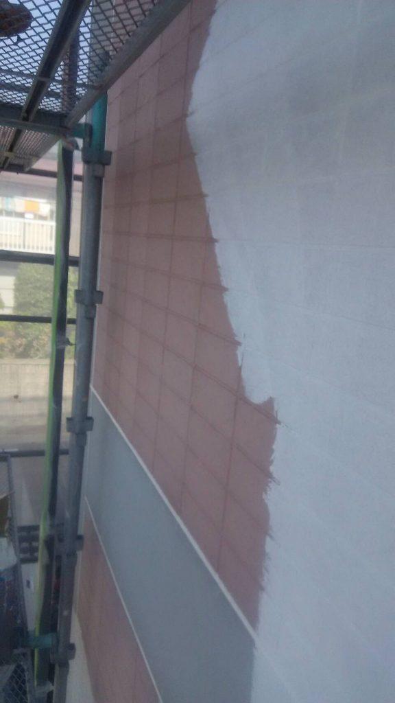 岡山市北区 某アパート 外壁下塗り