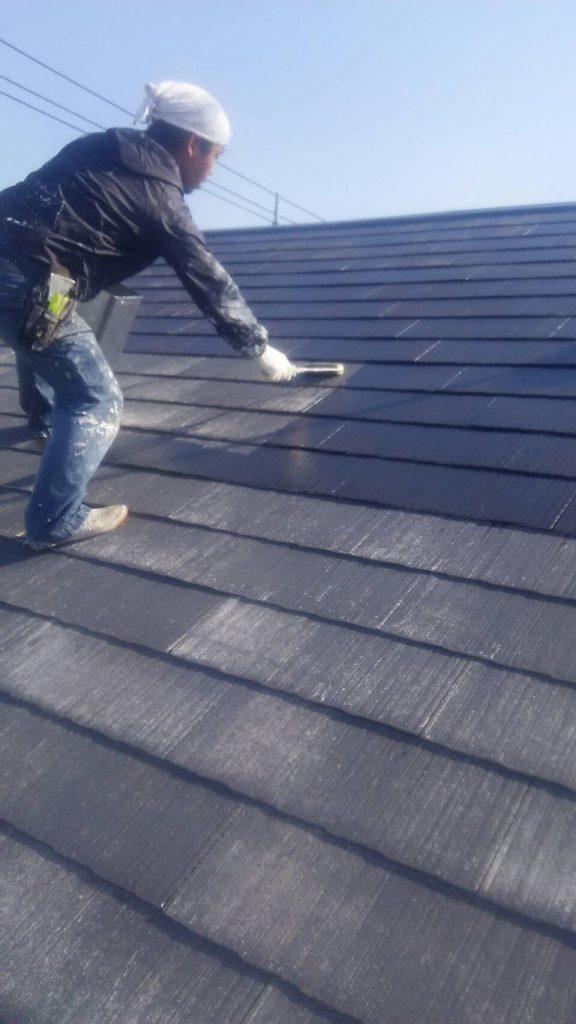 岡山市北区 某アパート 屋根シーラー塗り