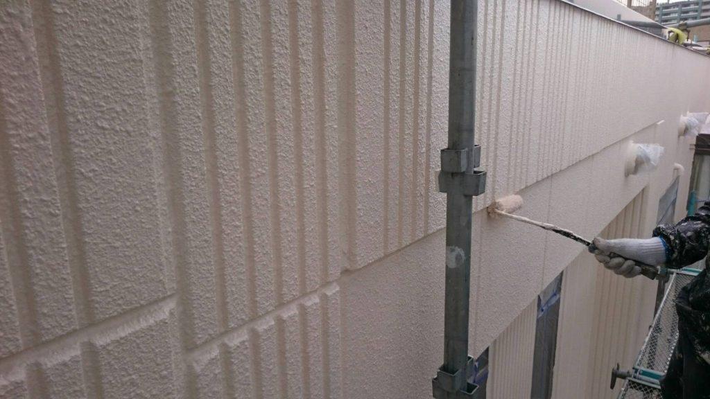 岡山市某グループホーム外壁上塗り