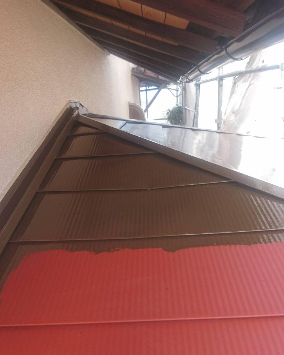岡山市南区M様邸 玄関上屋根 上塗り