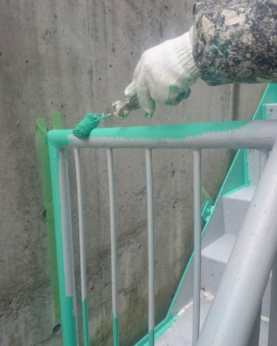 外階段 上塗り