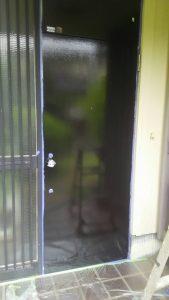 岡山市東区I様邸 ドア塗装 上塗り