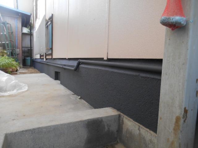 岡山市東区T様邸 塗装現場 基礎塗装後