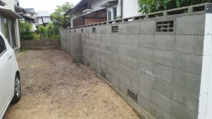 岡山県内 塀洗浄作業後 完成