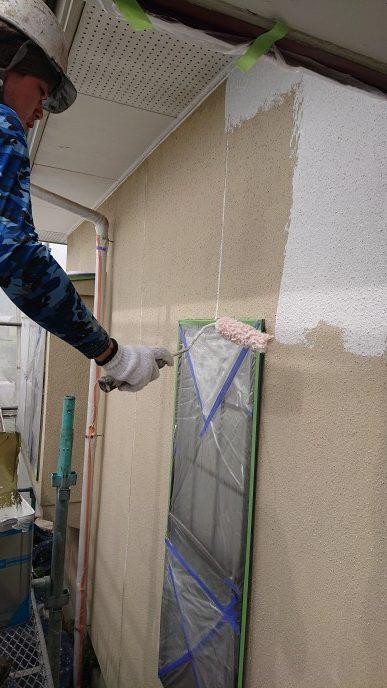 岡山市北区K.I様邸外壁塗装下塗りアクリルスキン