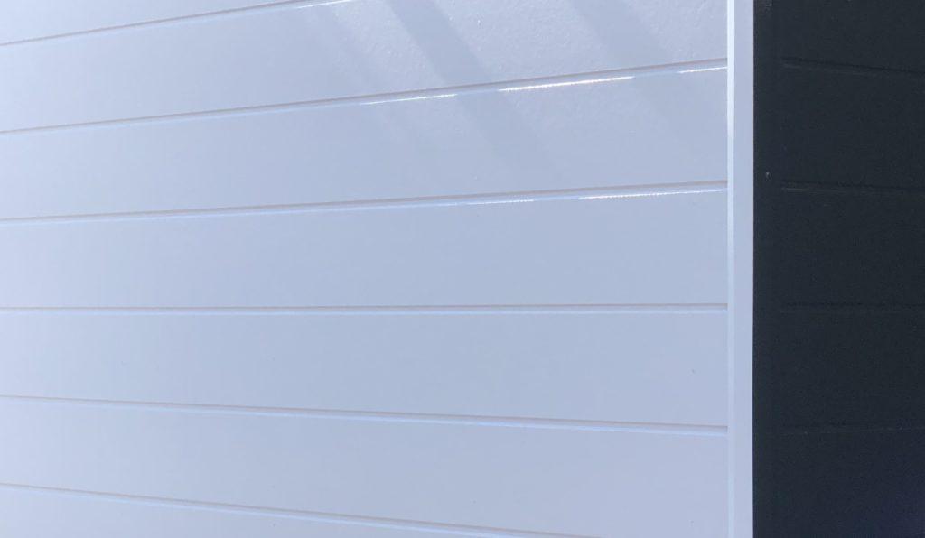 岡山市南区某店舗 屋根塗装外壁塗装 施工完了後 外壁ズーム